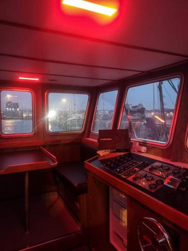 Wheelhouse red trauma lighting for night time operations