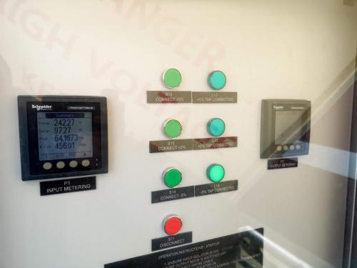 Power metering on input and output