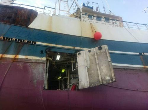 Access hole on stbd side of vessel